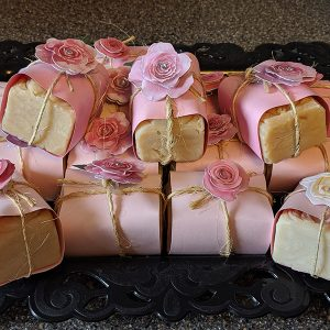 English Rose Goat Milk & Honey Soap